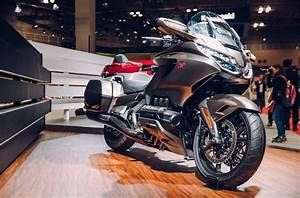 2018 Honda Goldwing Vs Tour Model Lineup Comparison