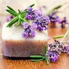 Lavendelöl Selber Machen : best 25 seife selber machen ideas on pinterest peeling selber herstellen badesalz selbst ~ Markanthonyermac.com Haus und Dekorationen