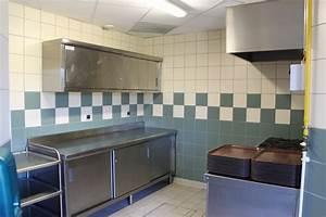 Saint Germain Lespinasse : location et reservation des salles ~ Medecine-chirurgie-esthetiques.com Avis de Voitures