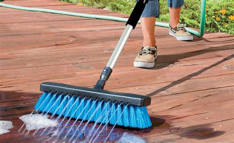 Cleaning Decking With Oxygen by Deck Cleaning Tips And Tricks Corner