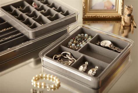 Organizers :  Neatnix Stax Jewelry Necklace Organizer Tray