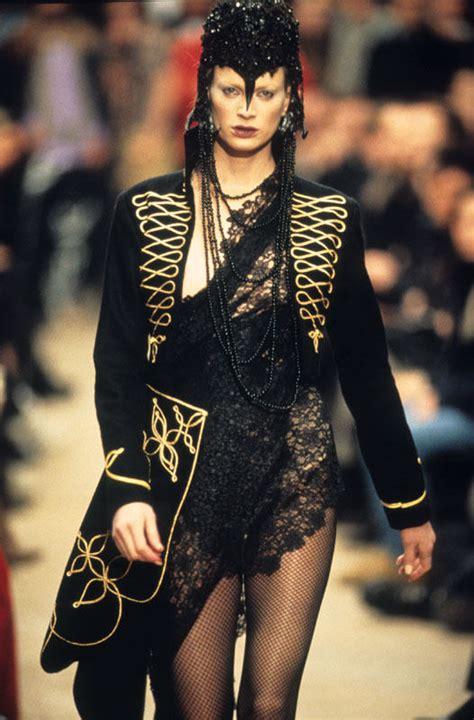 Dante   Alexander McQueen: Savage Beauty   The