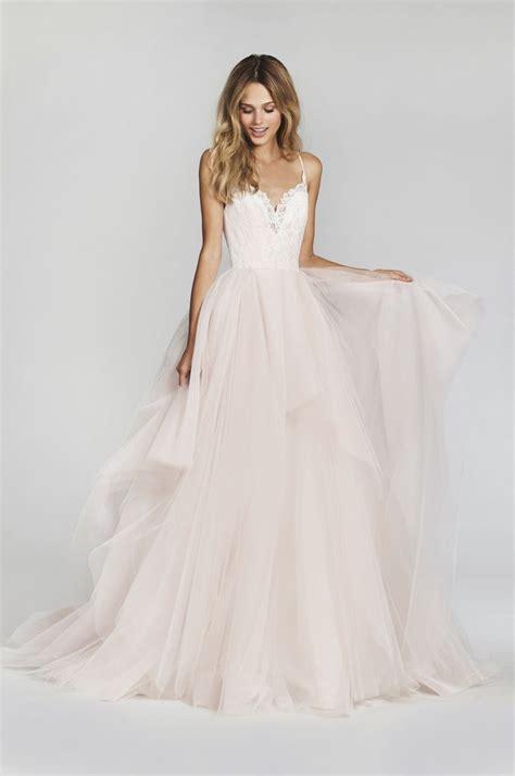 Simple And Elegant Wedding Dress Wedding Dresses