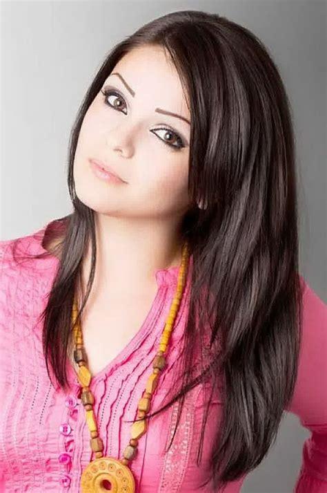 womens hairstyles trendy layered long straight