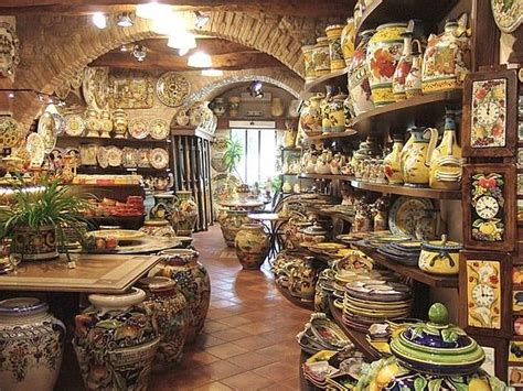 the shop of curiosities artistic ceramics in san gimignano overview for pancaketree