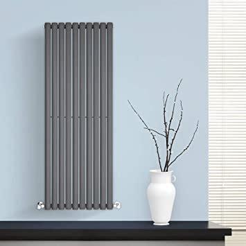 design heizkoerper vertikal wohnzimmer