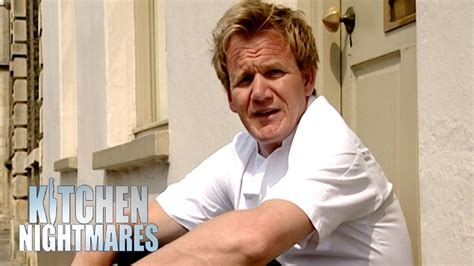 Kitchen Nightmares Uk Free by Angry Owner Kicks Gordon Out Kitchen Nightmares Uk