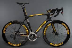 Aero Road Bike