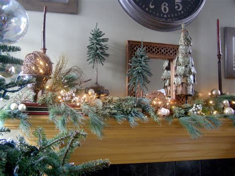 Glowing Christmas Tree Decorating Ideas And Howto Guide