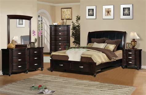 Platform Bedroom Furniture Set With Leather Headboard 132