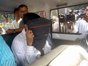 Maharashtra Home department official arrested by Anti ...