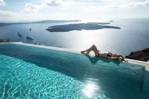 Santorin Hotel Luxe : top fashion bloggers santorini travel tips ~ Medecine-chirurgie-esthetiques.com Avis de Voitures