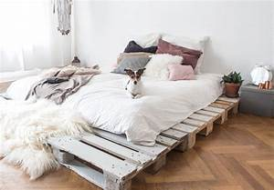 Bett Aus Europaletten Kaufen : bett bett aus paletten kaufen bett aus paletten kaufen ~ Michelbontemps.com Haus und Dekorationen