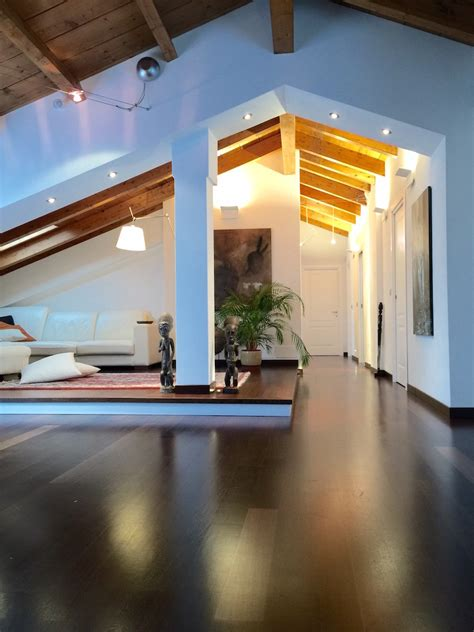 Ristrutturazione E Interior Design Di Una Grande Mansarda