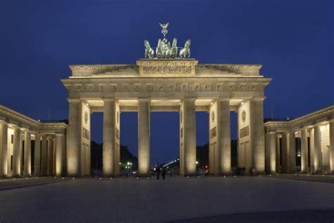 wohnideen shop berlin berlin traumsofastadt nr 1 vor hamburg und münchen traumsofas kreative raumkonzepte