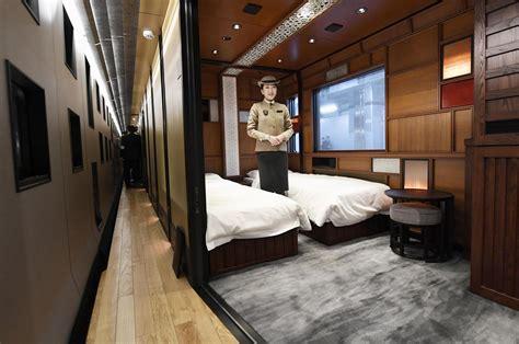 glitch strands luxury sleeper train  nikko test run