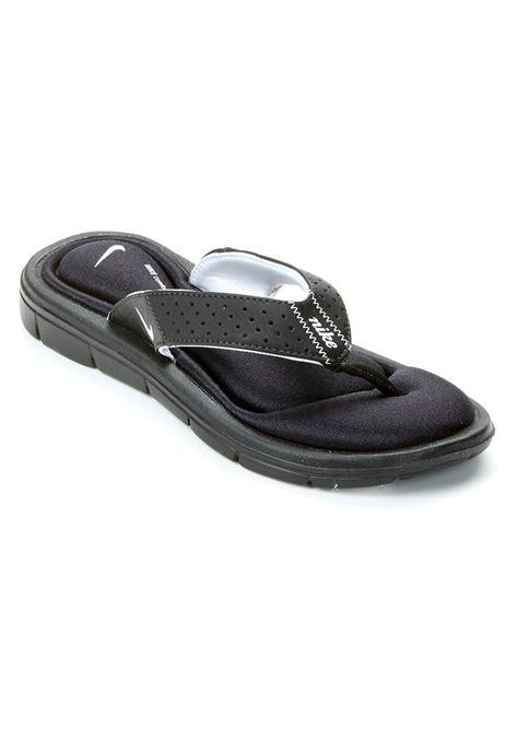 womens nike comfort sandals nike nike s comfort flip flops shoes