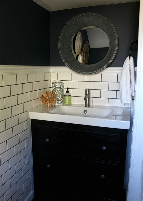 Pictures Of Small Bathroom Makeovers by Small Bathroom Makeover Christinas Adventures