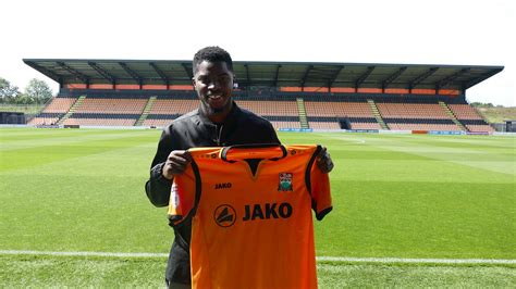 Andre Blackman Signs For Barnet Fc