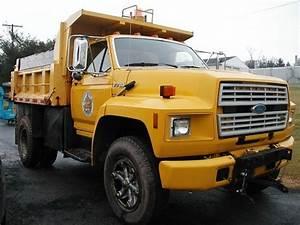 1988 F700 Ford Truck