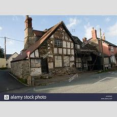 Ivy House A Run Down Semi Derelict Grade Ii 2 Listed Building Half Stock Photo, Royalty Free