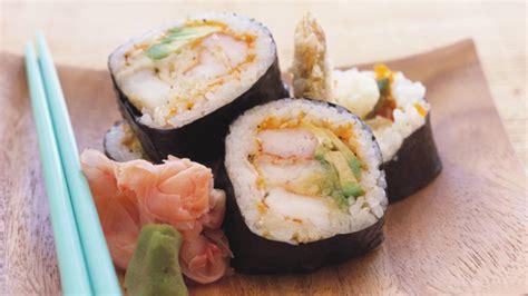 cuisiner des sushis ricardo gt cuisiner un maki au tartare de truite épicée sushi à la maison