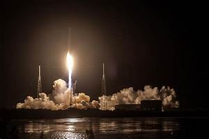 Photos: Falcon 9 Night Launch & Landing – Dragon SpX-9 ...