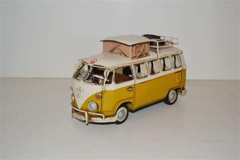 vw bulli deko vw cingbus modell t1 bulli schlauchboot blechmodell automodell modellauto sammler deko