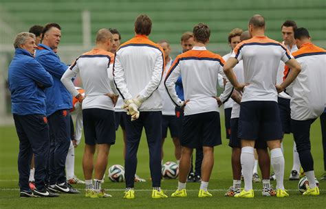 Netherlands vs. Argentina World Cup 2014: Live Stream In ...