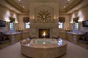 Luxurious Bathroom Décor