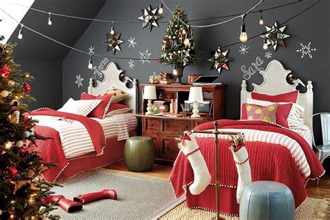 12 Creative Christmas Decorating Ideas