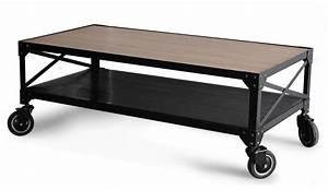 Table Basse A Roulette : louer une table basse atelier ampere louer du mobilier location de meubles louer ses meubles ~ Teatrodelosmanantiales.com Idées de Décoration