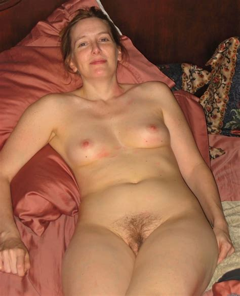 Hairy Amateur In Action Page