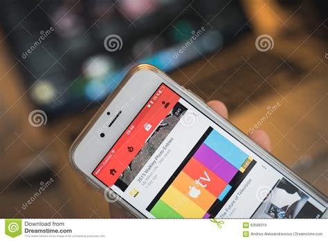 iphone 6s stock apple iphone 6s screen with app editorial stock