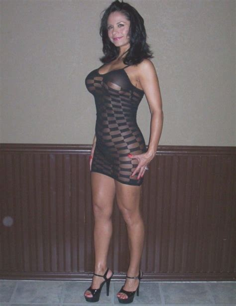 Cute Milf Trying On A Sexy Dress Private Milf Pics
