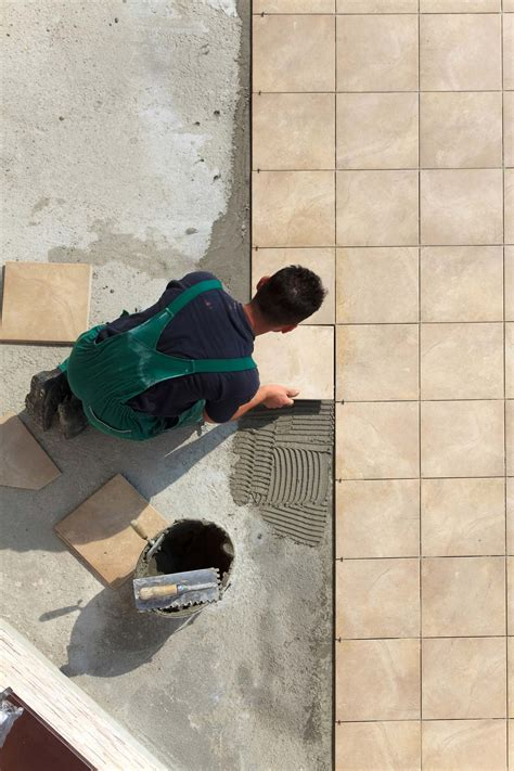 installing floor tile laying a ceramic tile floor