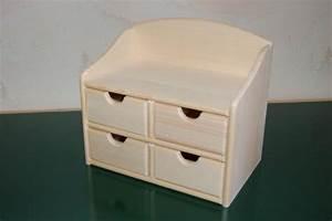 Petit Meuble En Bois : petit meuble de rangement en bois en bois boissellerie cretin ~ Teatrodelosmanantiales.com Idées de Décoration