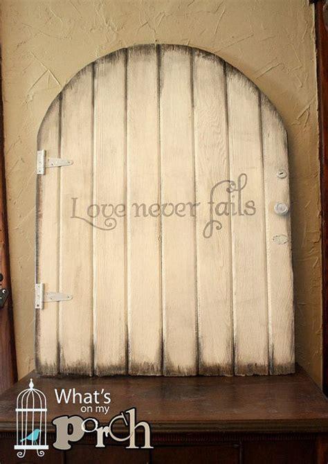 wood gatedoor love  fails vintage barn board