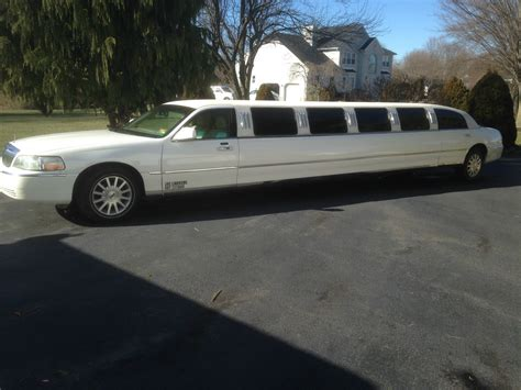 Limousine Car by 2007 Lincoln Town Car Limousine For Sale