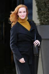 Christina Hendricks Street Style – Out in New York City ...