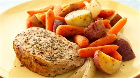 Instant pot pork chops cook up deliciously tender and juicy in your electric pressure cooker, and they're finished off with an irresistible gravy. Instant Pot Frozen Pork Chop / Pin On Piggy - Five to ...