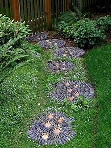Wege Im Garten : kieselstein mosaik im garten legen f r h bsche wege ~ Lizthompson.info Haus und Dekorationen