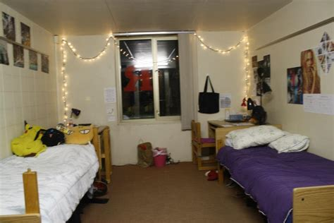 Real Collegiettes' Decked-out Dorm Rooms