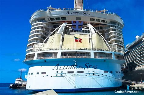 Biggest Passenger Ships In The World by Top 10 Largest Cruise Ships In The World