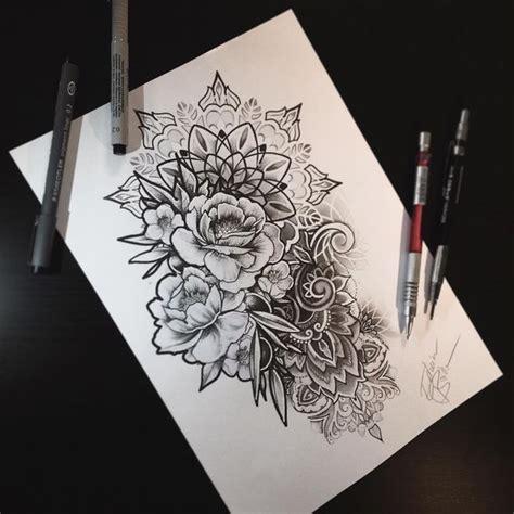 tatouage mandala rose