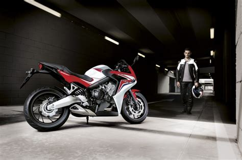 Honda Cb650f 4k Wallpapers by 2013 Eicma 2014 Honda Cb650f And Cbr650f Look