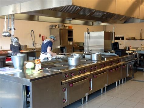 commis en cuisine commis de cuisine de collectivité site de la louviere