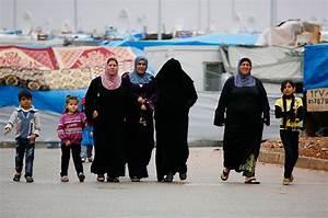 In Pictures: Syrian refugees in Turkey | | Al Jazeera