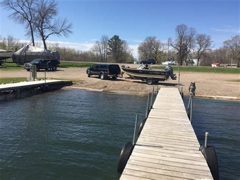 Boat Storage Near Garrison Mn by Terry S Boat Harbor Launch Service Fish House Rental
