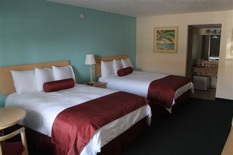 Rooms : Lake Okeechobee Hotel Rooms And Lodging At Roland Marin Marina